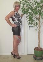 Blouse noir dessin blanc dentelle dos avec jupe noir Oh Boy clockhouse 1