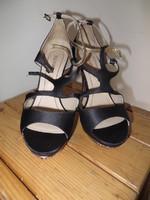Sandales noir Solo Soprani P 40 T 12,5cm