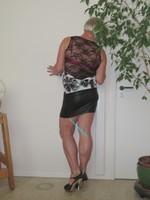 Blouse noir dessin blanc dentelle dos avec jupe noir Oh Boy clockhouse 2