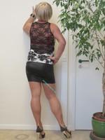 Blouse noir dessin blanc dentelle dos avec jupe noir Oh Boy clockhouse 20