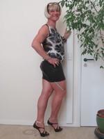 Blouse noir dessin blanc dentelle dos avec jupe noir Oh Boy clockhouse 32