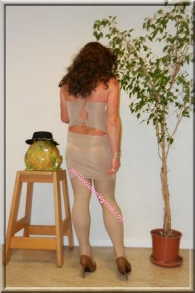 robe beige habille 9