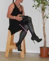 robe noir a decolete bretelles croise dos 67