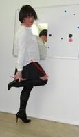 jupe noir plisse et chemise blanche 9