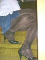 Escarpins tirette derriere collants brillant avec robe en jeans22