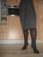 Mules noir longue jupe ligné grise 2
