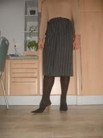 Mules noir longue jupe ligné grise
