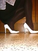 Escarpins blanches 11cm avec petit noeud2