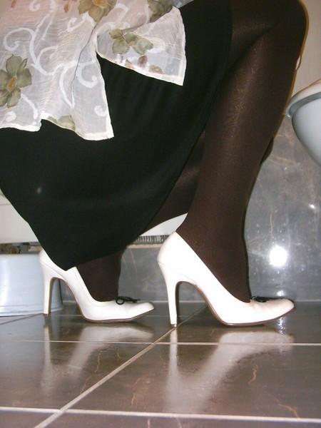 Escarpins blanches 11cm avec petit noeud29