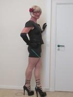 robe noir deccoleter en v 9