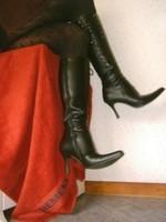 Bottes en dessous du genou a tallon aiguille avec jupe noircollant dessin 29