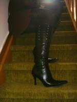Bottes en dessous du genou a tallon aiguille avec jupe noircollant dessin 11