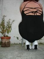 Botte blanche avec lacets derriere et robe noir16