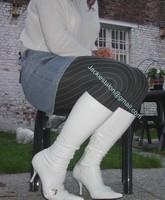 minijupe jeans pull blanc 1