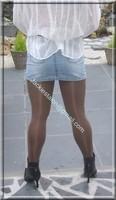 minijupe jeans chemise blanche 6