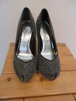 Your feet look Georgeous petites perles P40 T14,5cm 1