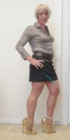 Jupe noir Esmara chemise marron ligne 5 - kopie