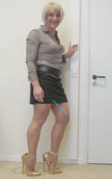 Jupe noir Esmara chemise marron ligne 3 - kopie