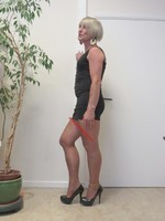 robe noir decoleter tirette 23