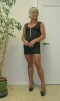 robe noir decoleter tirette 8