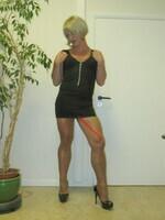 robe noir decoleter tirette 22