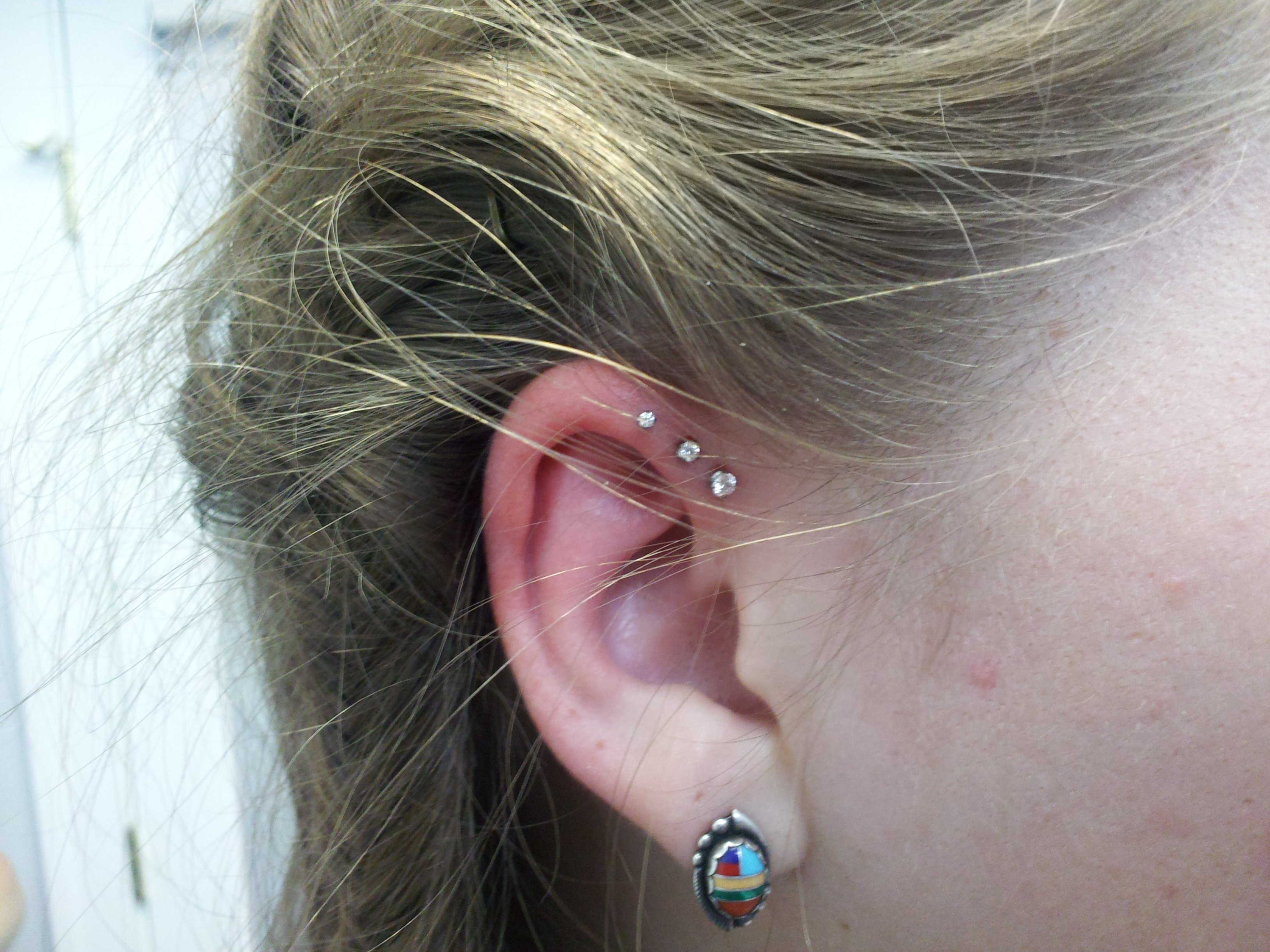 forward,helix,piercing,jewelry,i2
