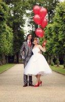 haywood-jones-photography-50s-wedding-cardiff-60a-576x902