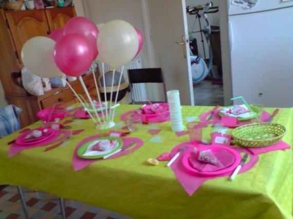 essai table enfant il y aura aussi des ballons vert essai table colombine062 photos