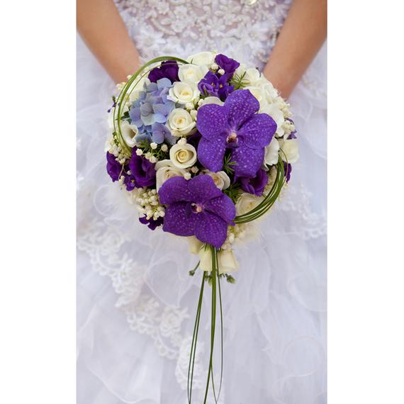 Mon jour j en violet places aux nouveaux projets for Bouquet de fleurs rond