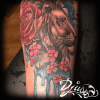 tatouage d'un lion watercolour. Noir et balnc plus aquarelle.