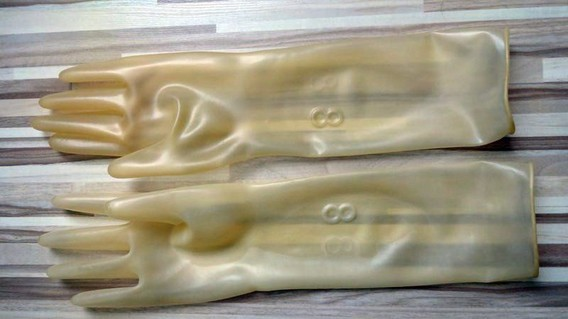 Dion413_transp-latex_gloves_02