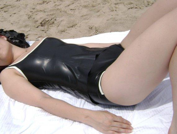 latex-swimsuit-at-beach
