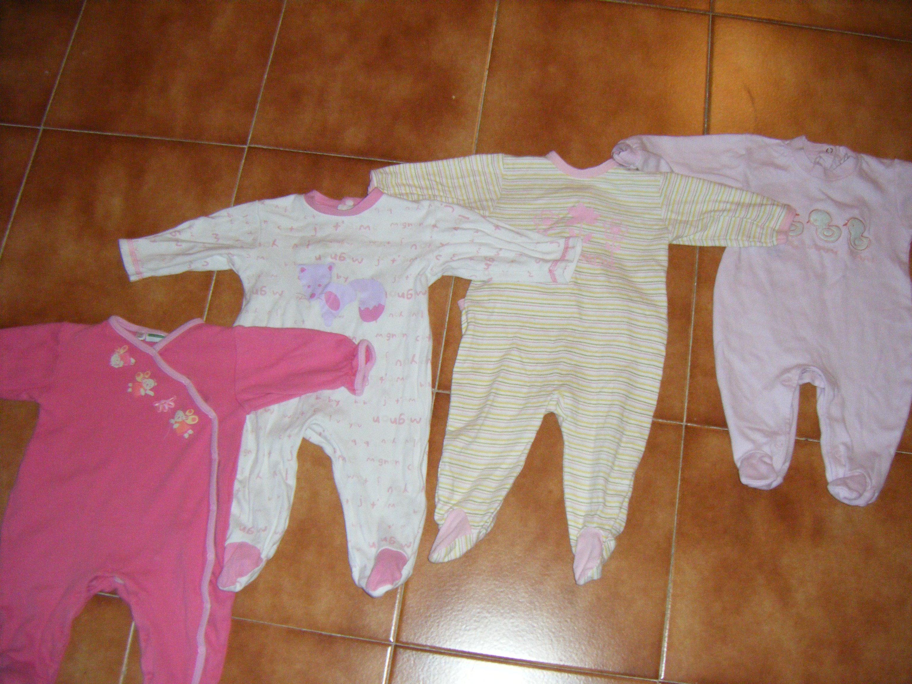 pijama coton au choix 2euros vetement b b fille 9 mois angielina photos club doctissimo. Black Bedroom Furniture Sets. Home Design Ideas