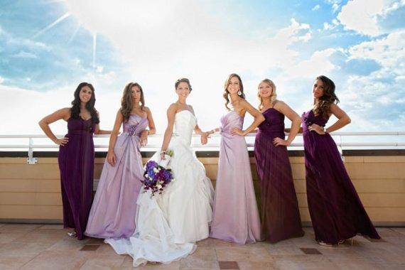 Robe de demoiselle d'honneur en nuance de violette