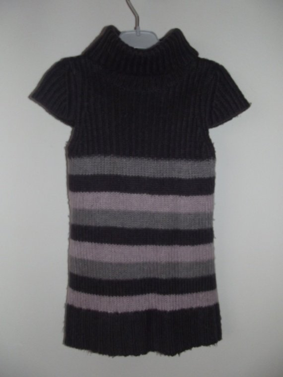 robe pull la halle au vetement 5 ans 1.50