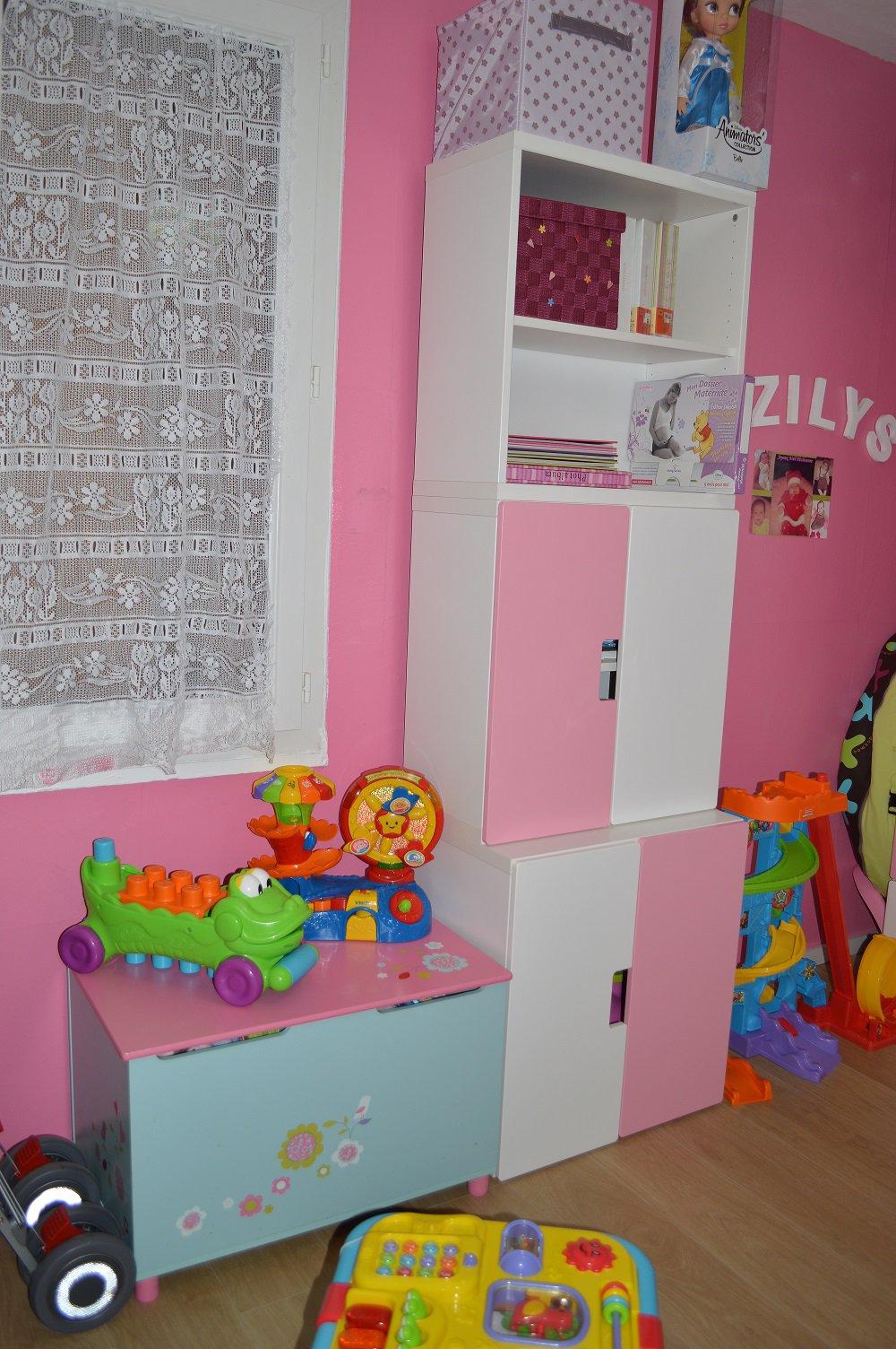 Ikea chambre fille for Meubles de chambre ikea