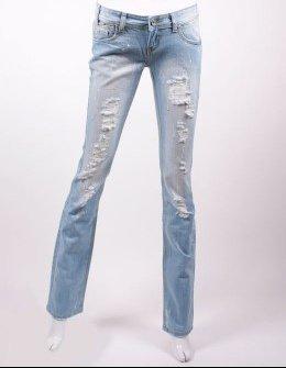 jeans troué fdm.jpg1.