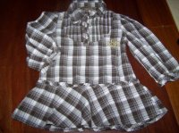 3€  tunique/chemise 4ans