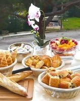 78091255sweet-morning-buffet-petit-dejeuner-jpg