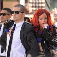 Rihanna27