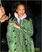 Rihanna40