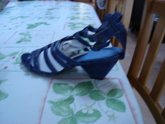 Sandales à talons bleu La redoute T 41 Neuves avec boîte 2