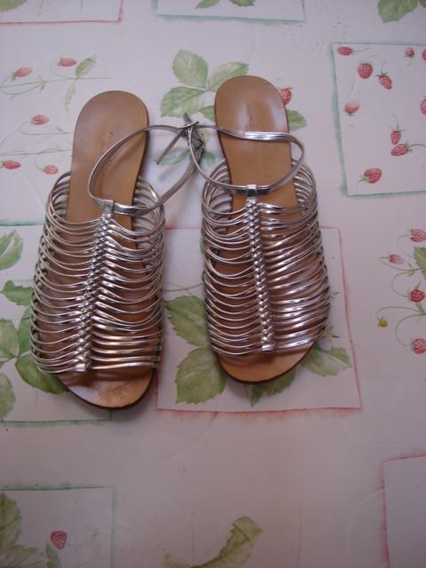 Sandales plates argentées  Morena Gabrielli T41 TBE 1