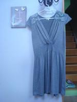 Robe gris pois + dentelle, manches courtes col V T 4 = 44 46 TBE RIU 1