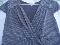 Robe gris pois + dentelle, manches courtes col V T 4 = 44 46 TBE RIU 5