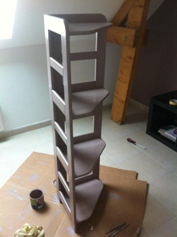 petite tag re chambre de b b dodolinette photos club doctissimo. Black Bedroom Furniture Sets. Home Design Ideas