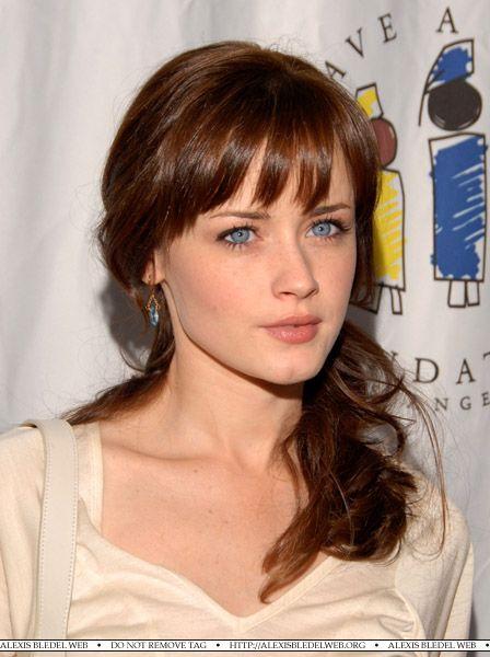 Couleur de cheveux yeux bleu teint clair