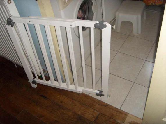barriere de securite sur porte coulissante photos. Black Bedroom Furniture Sets. Home Design Ideas