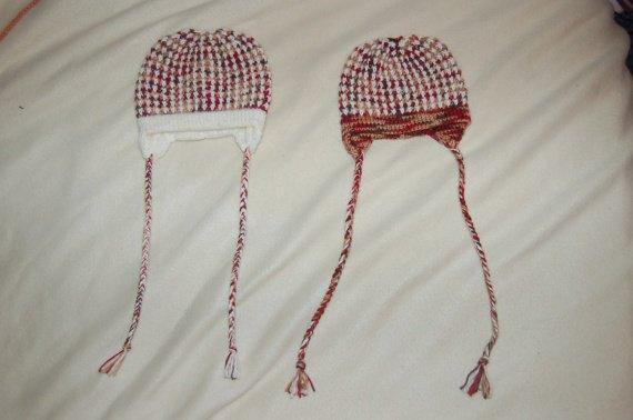 2011 11 01 - 2 bonnets naissance