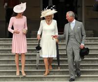 Prince+Charles+Queen+Elizabeth+II+Hosts+Garden+HXdUENuGwjWl